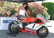 Falling in love again... with the Desmo of course!